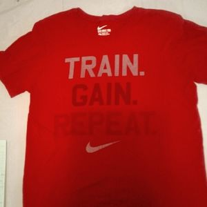 Men's small Nike short sleeve t-shirt 100% cotton